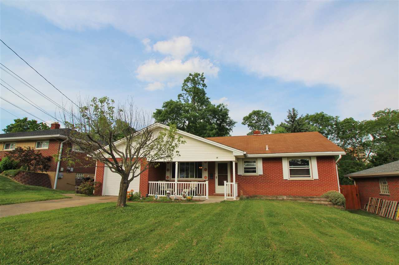 real estate photo 1 for 17 Douglas Dr Newport, KY 41071