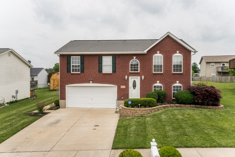 Photo 1 for 268 Redwood Dr Dry Ridge, KY 41035