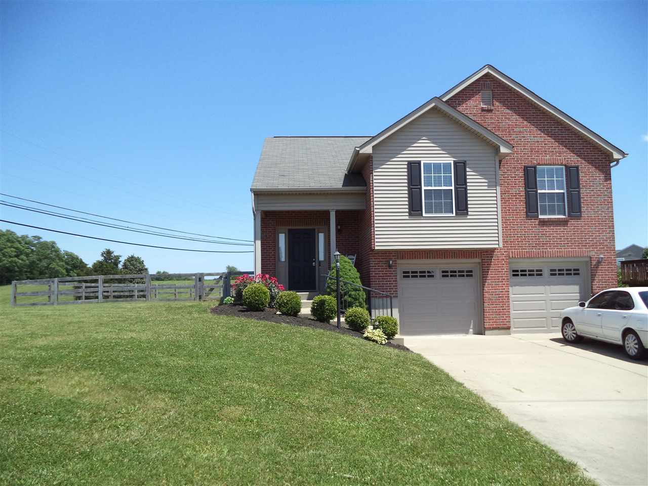 Photo 1 for 6216 Baymiller Burlington, KY 41005