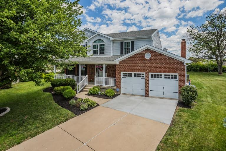 22 Tattersall Ln Florence, KY