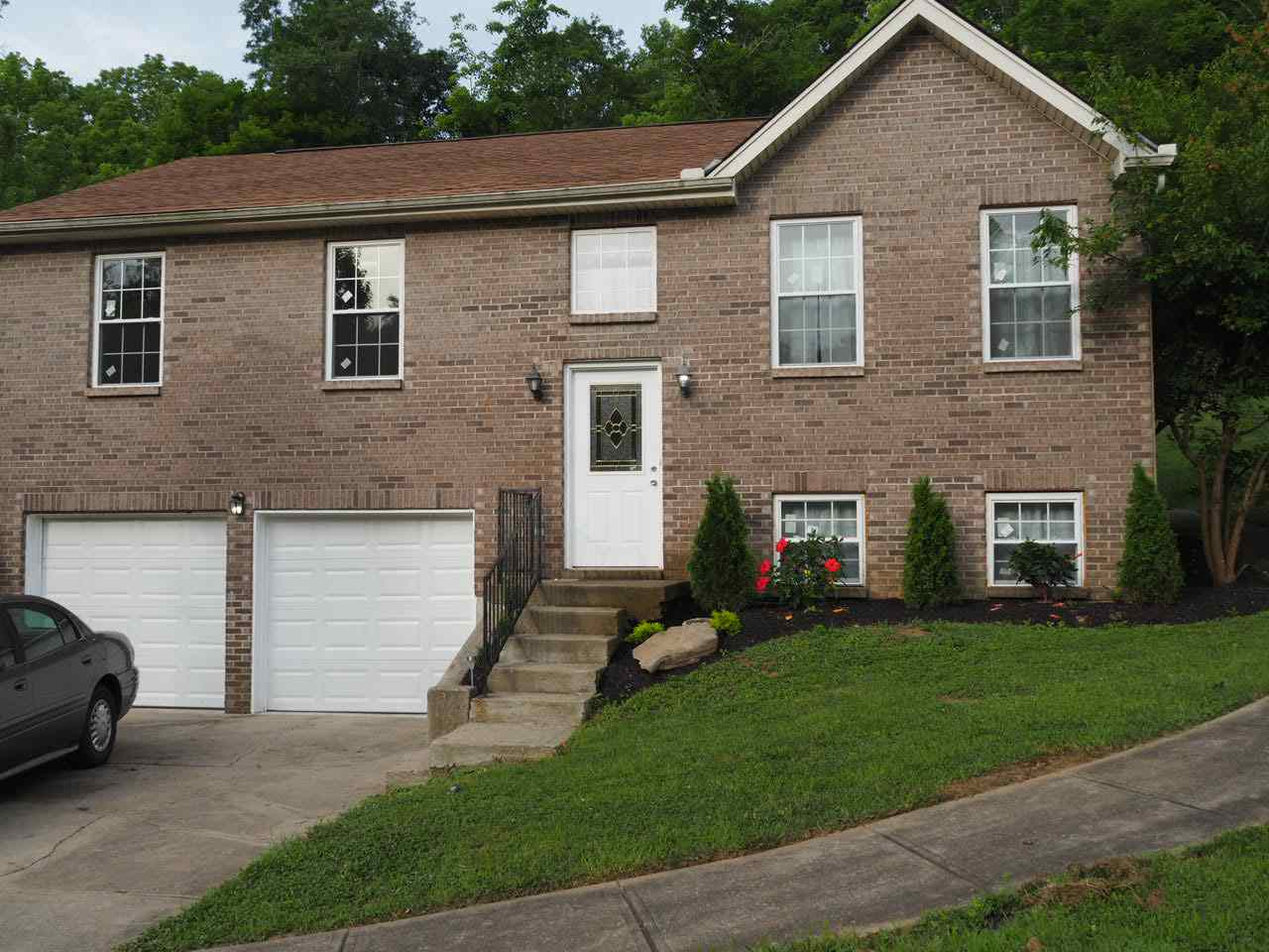 real estate photo 1 for 8690 E Main St Alexandria, KY 41001