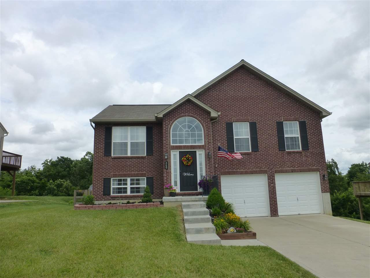Photo 1 for 340 Rocky Pointe Ct Walton, KY 41094