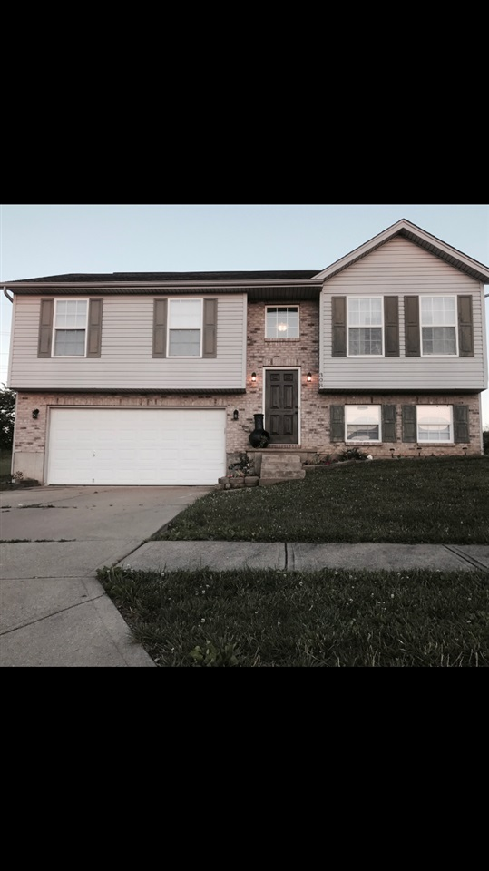 Photo 1 for 308 Brentwood Dr Dry Ridge, KY 41035