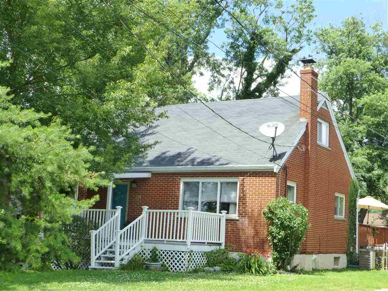 real estate photo 1 for 30 Edwards Ave Florence, KY 41042
