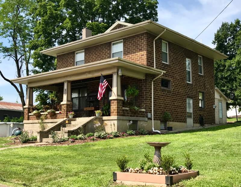 real estate photo 1 for 31 N Main St Dry Ridge, KY 41035