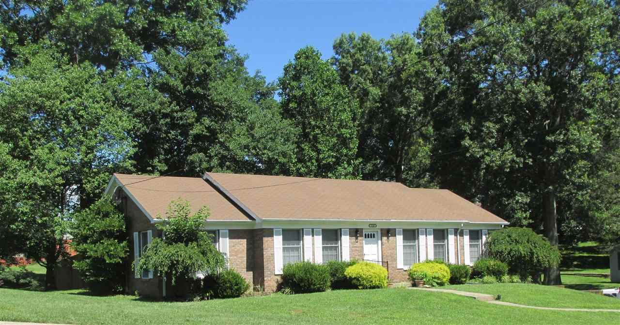 real estate photo 1 for 110 Elm St Falmouth, KY 41040