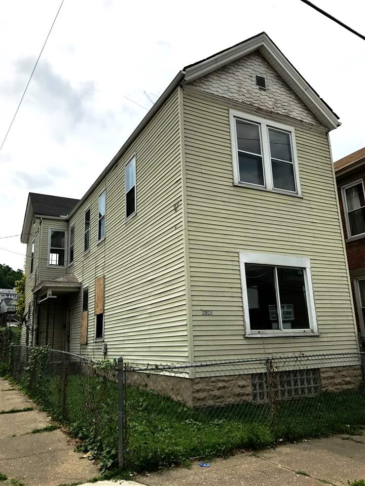 real estate photo 1 for 2023 Howell St Covington, KY 41014