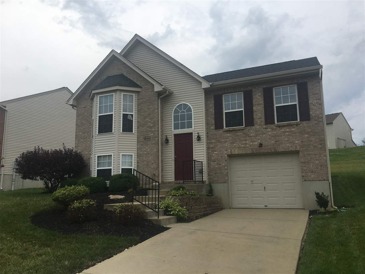 Photo 1 for 2489 Hilliard Dr Hebron, KY 41048
