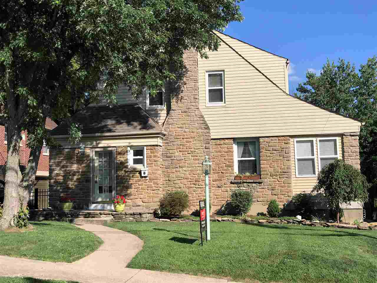 real estate photo 1 for 112 Glazier Avenue Bellevue, KY 41073