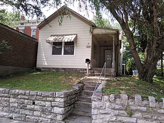 real estate photo 1 for 151 Ross Ave Bellevue, KY 41073