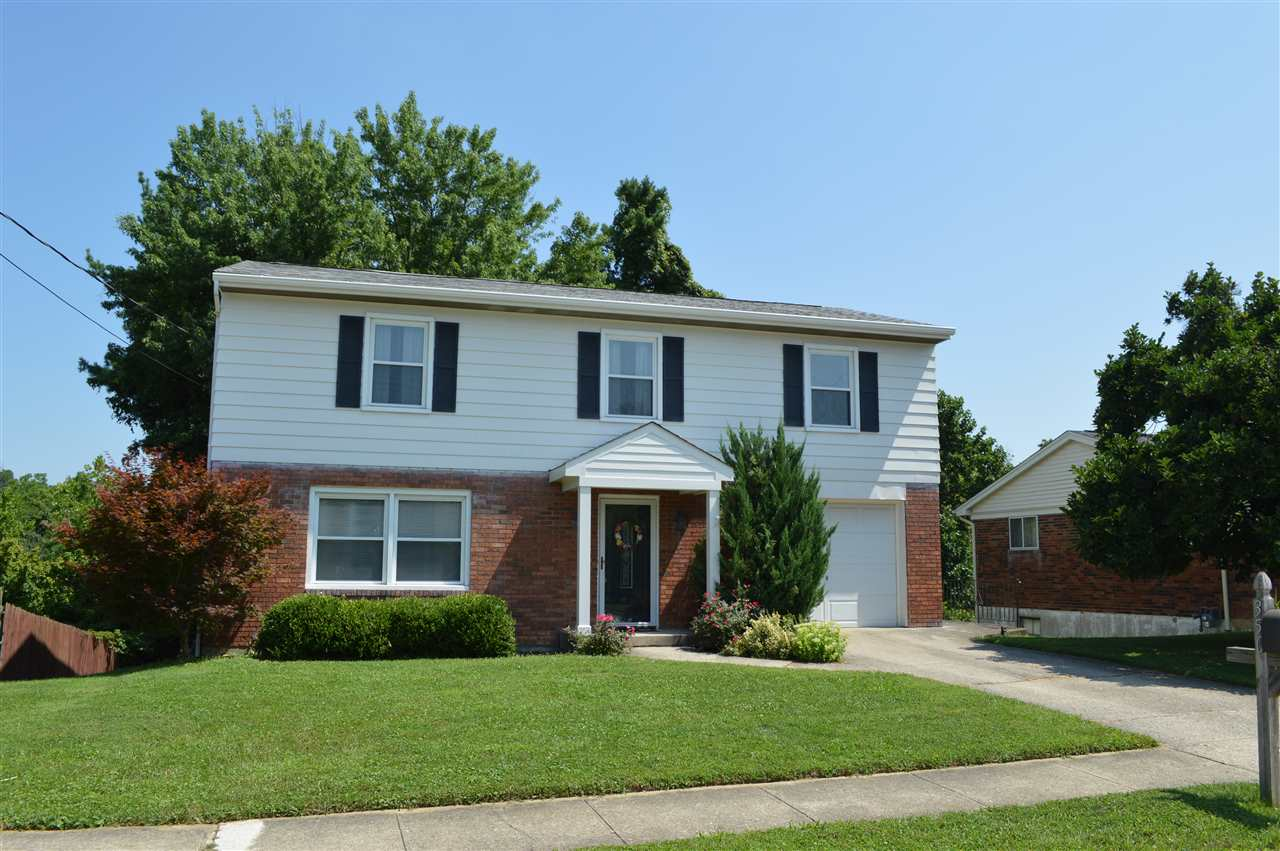 Photo 1 for 350 Knollwood Dr Highland Heights, KY 41076