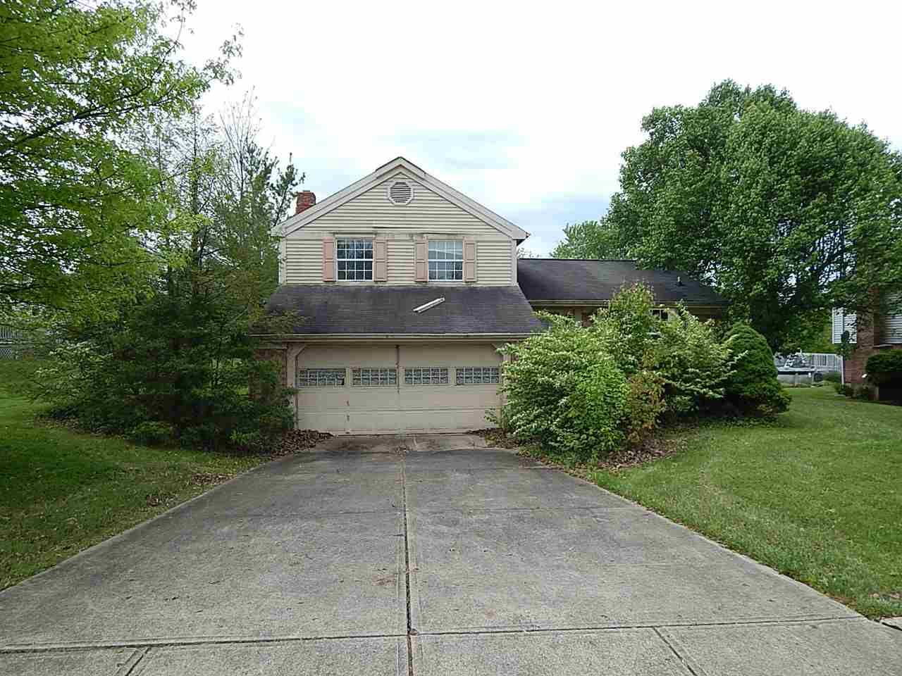 real estate photo 1 for 105 Stonegate Dr Alexandria, KY 41001