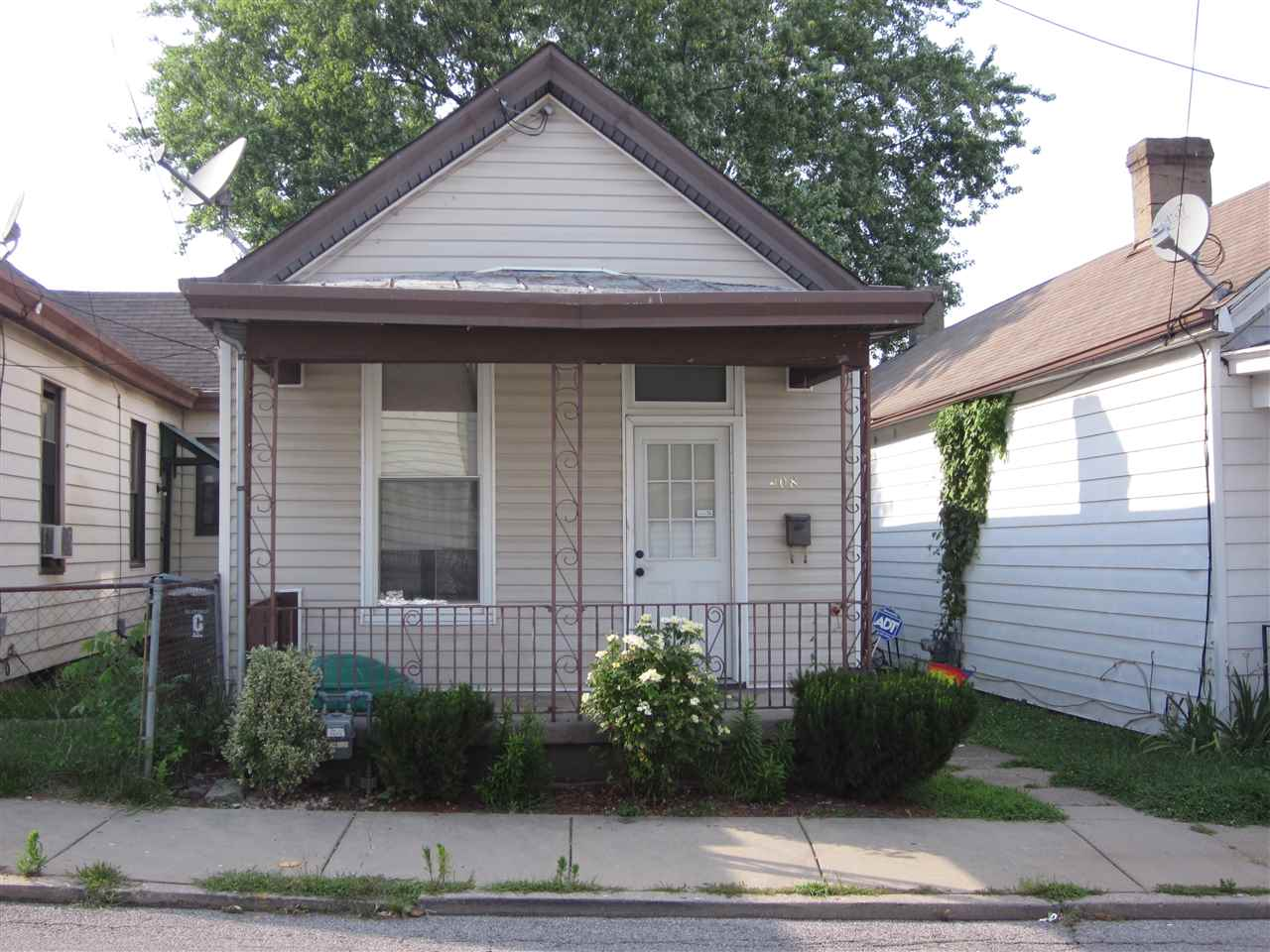 real estate photo 1 for 408 W 22nd St Covington, KY 41014