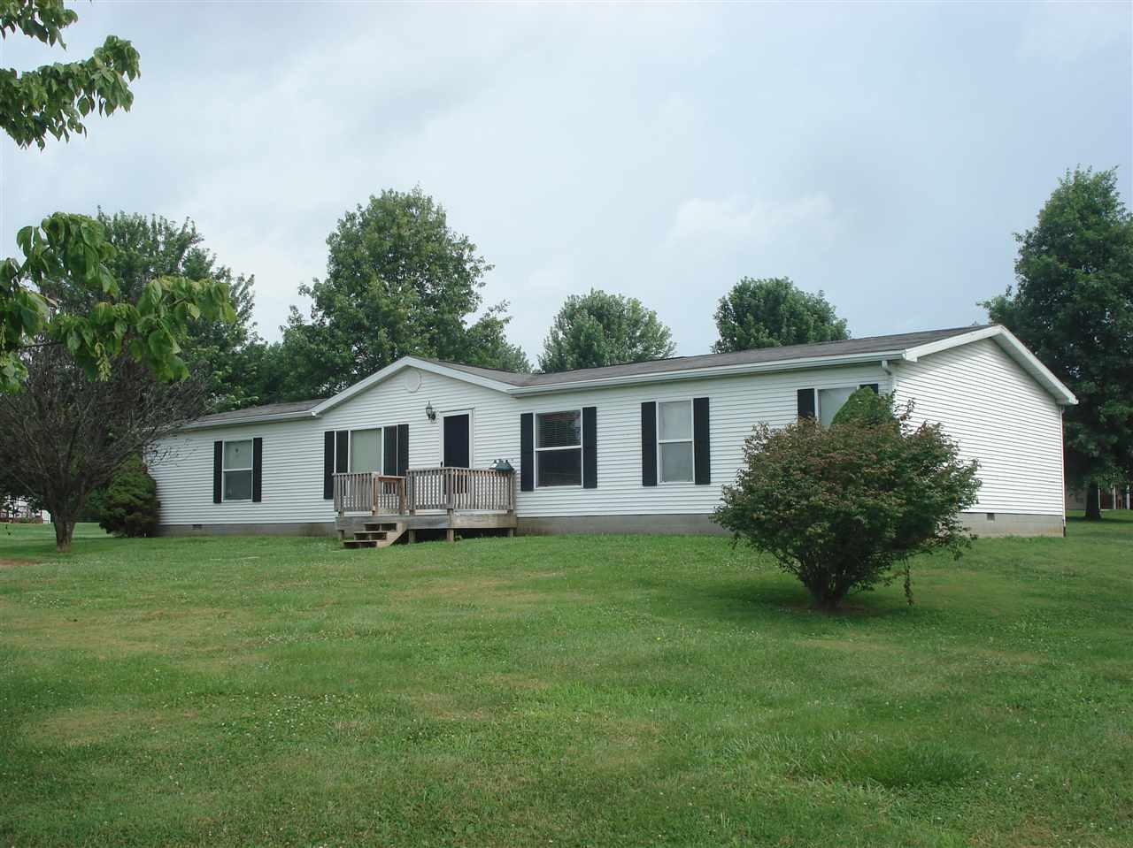 real estate photo 1 for 77 Tram Ln Cynthiana, KY 41031