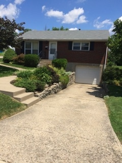 Photo 1 for 204 Caldwell Elsmere, KY 41018