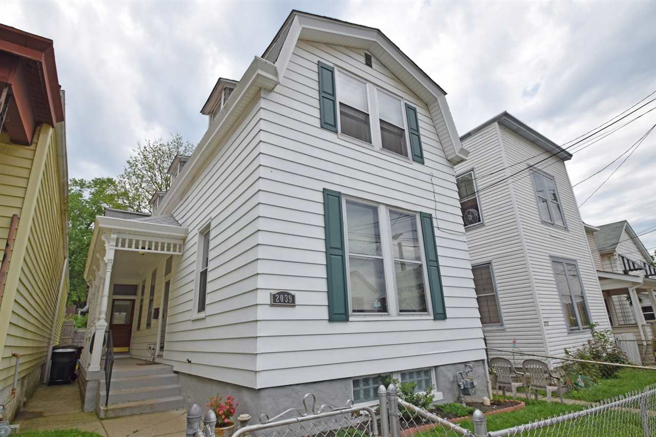 real estate photo 1 for 2039 Garrard St Covington, KY 41014