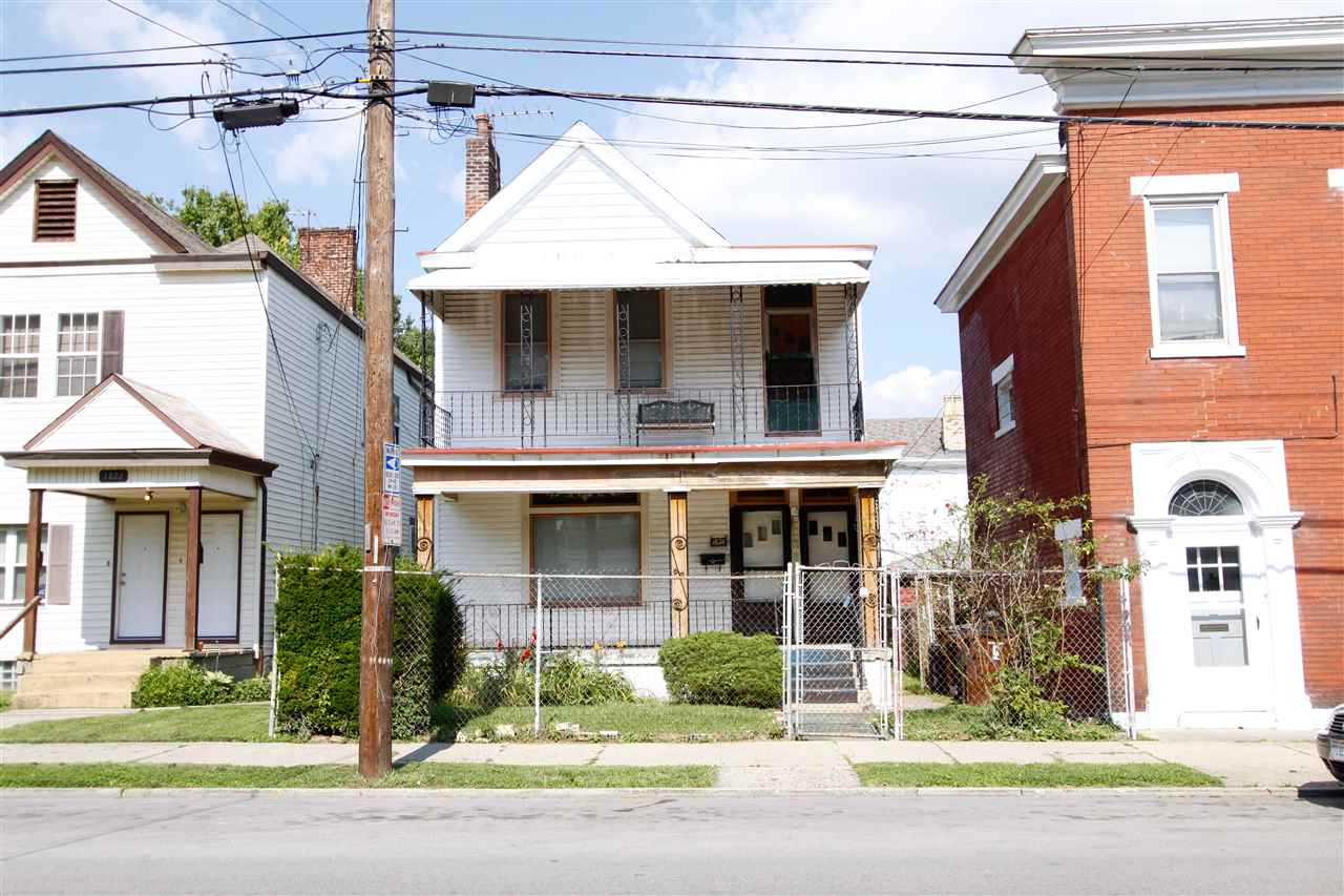 real estate photo 1 for 1824 Greenup Covington, KY 41011