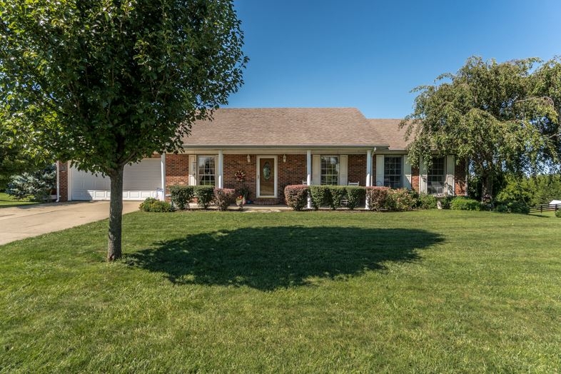 Photo 1 for 107 Regency Ct Williamstown, KY 41097