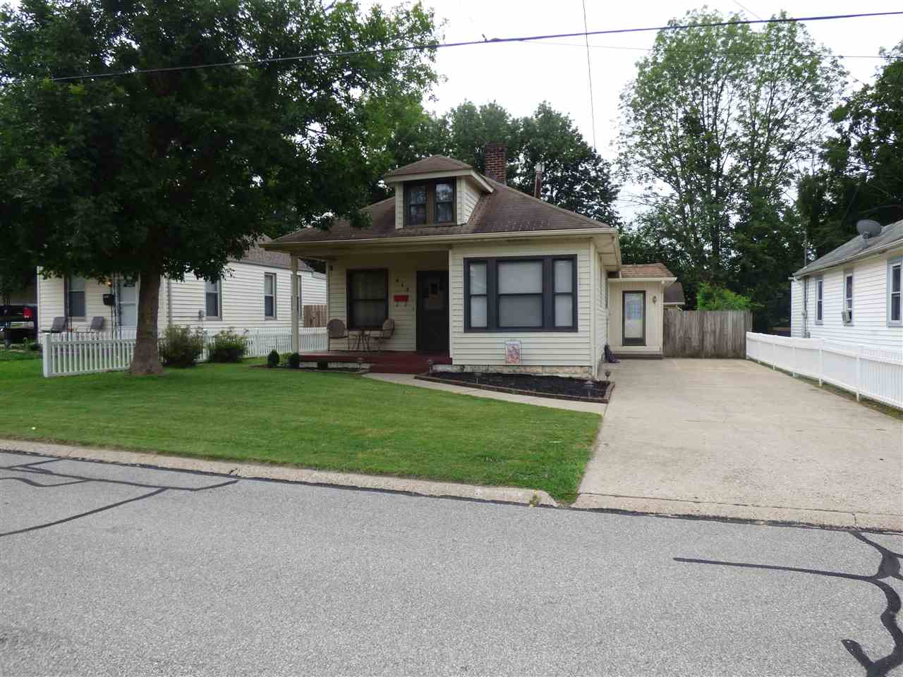 Photo 1 for 413 Fox Elsmere, KY 41018