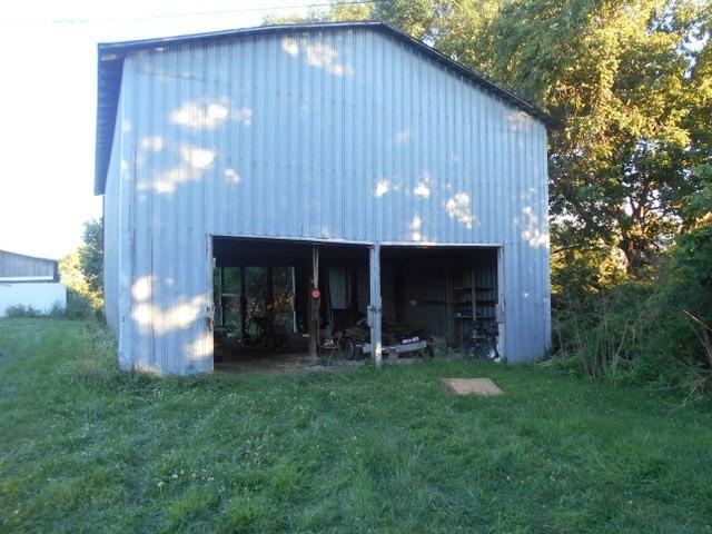 Photo 3 for 1688 S Bluegrass Rd Brooksville, KY 41004
