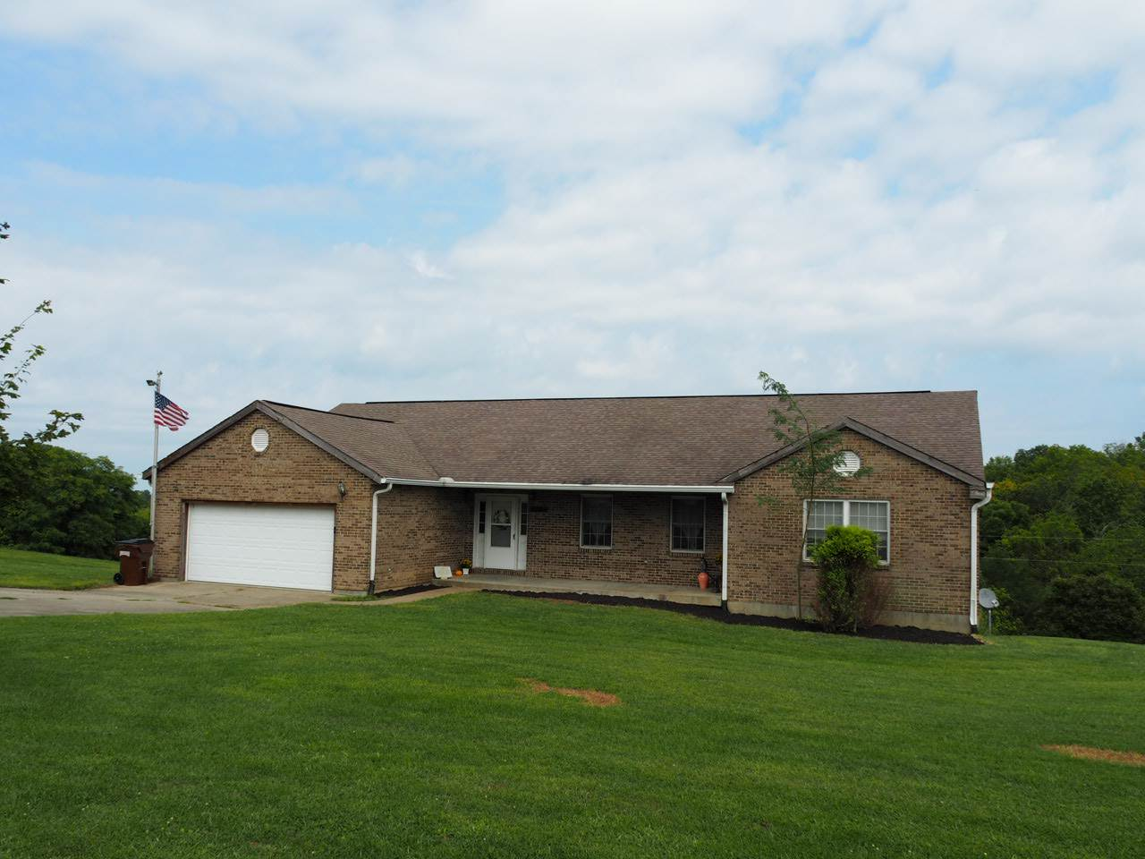 real estate photo 1 for 70 Russell Cummins Rd Falmouth, KY 41040
