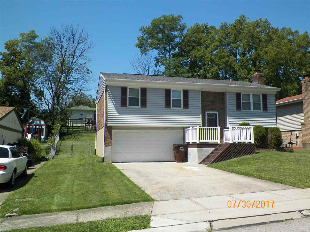 Photo 1 for 7752 Ravenswood Dr Florence, KY 41042