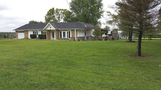 real estate photo 1 for 5218 Idlewild Rd Burlington, KY 41005