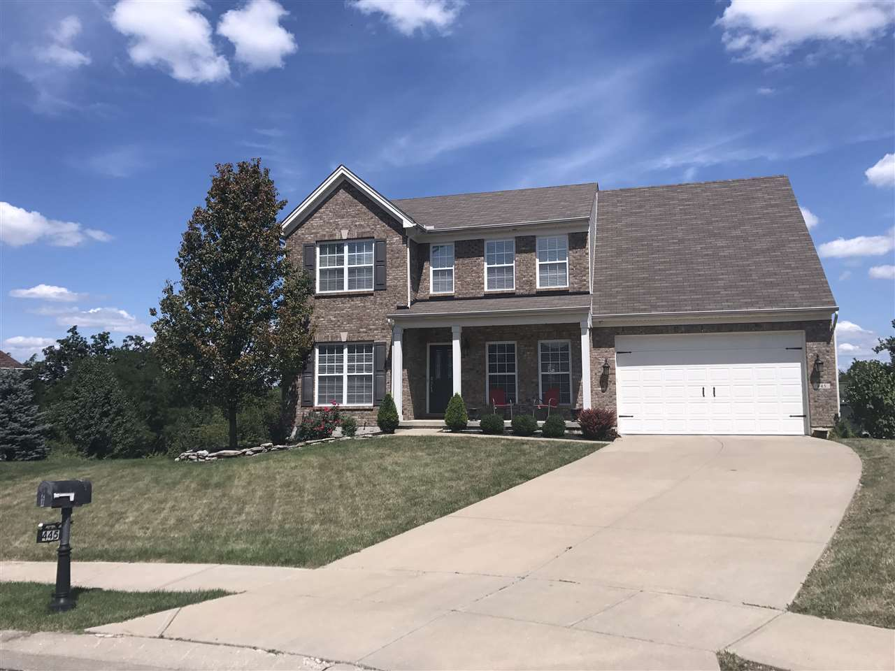 real estate photo 1 for 445 Foxhunt Walton, KY 41094