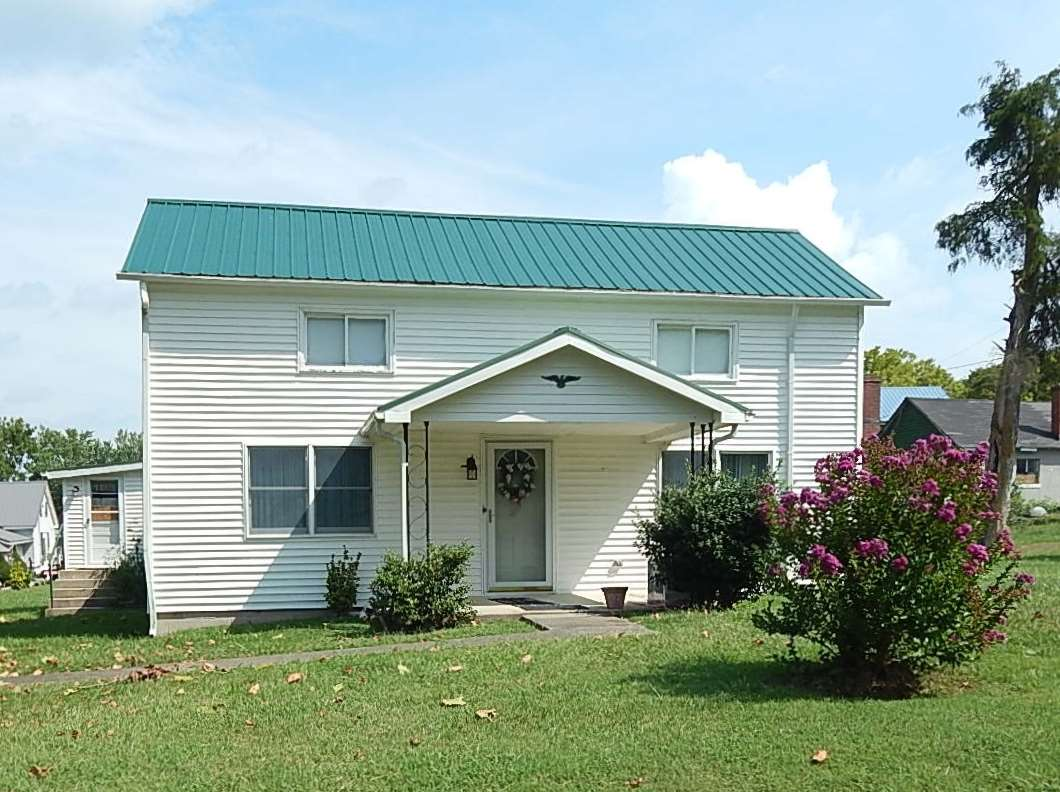 real estate photo 1 for 196 Morgan Berry Rd Berry, KY 41003