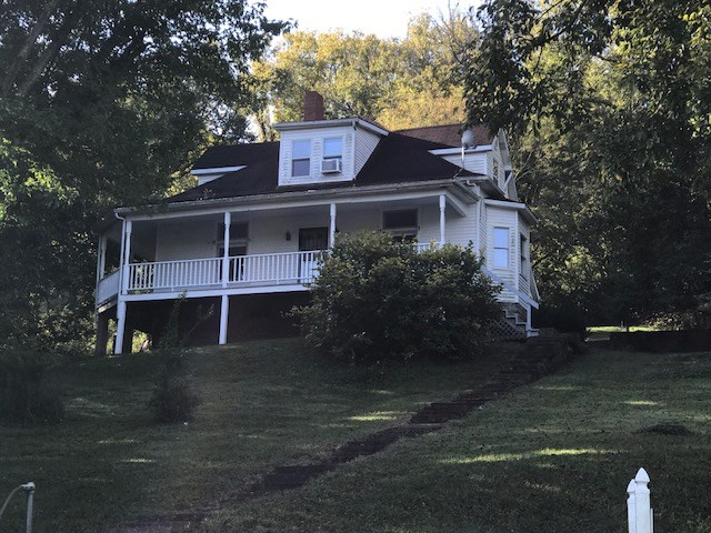 real estate photo 1 for 136 W Mary Ingles Hwy Augusta, KY 41002