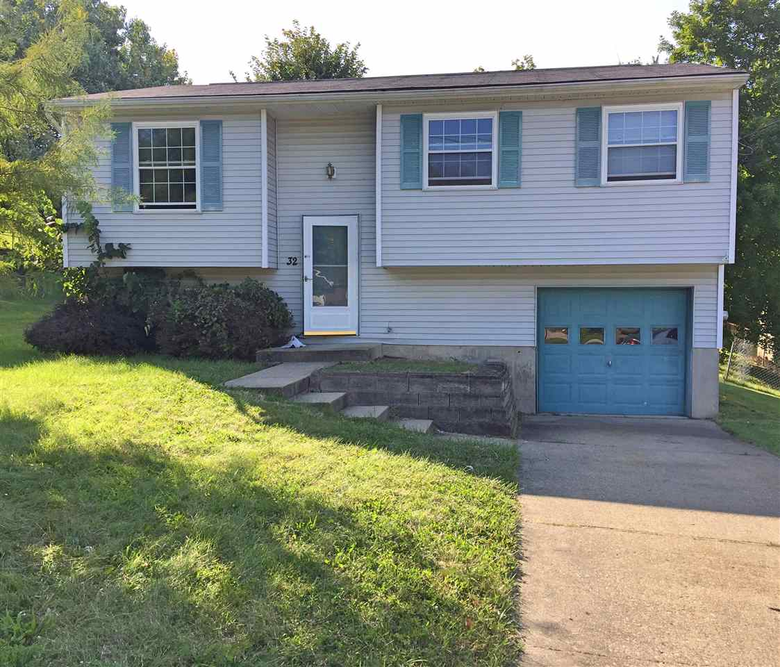 real estate photo 1 for 32 Hideaway Dr Covington, KY 41017