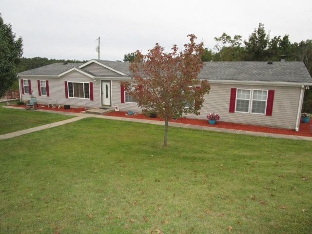 Photo 1 for 692 Barker Rd California, KY 41007
