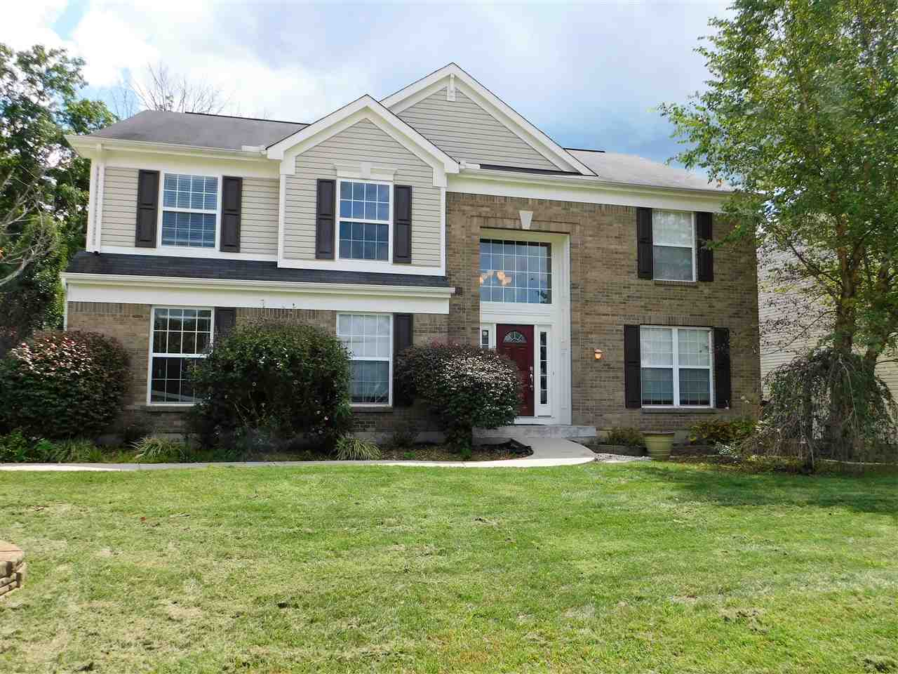 real estate photo 1 for 10278 Meadow Glen Dr Independence, KY 41051