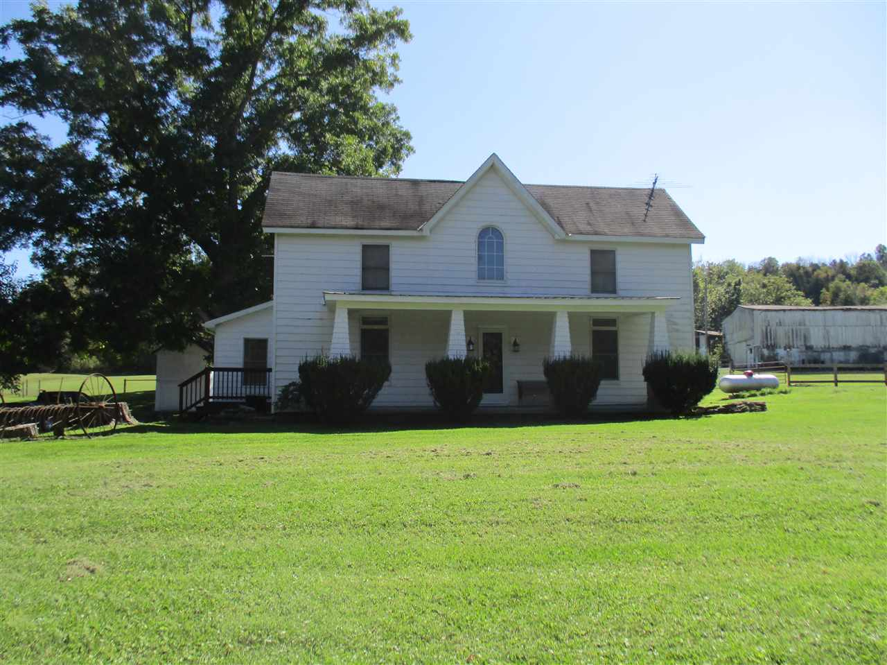 real estate photo 1 for 8945 Highway 17 Demossville, KY 41033
