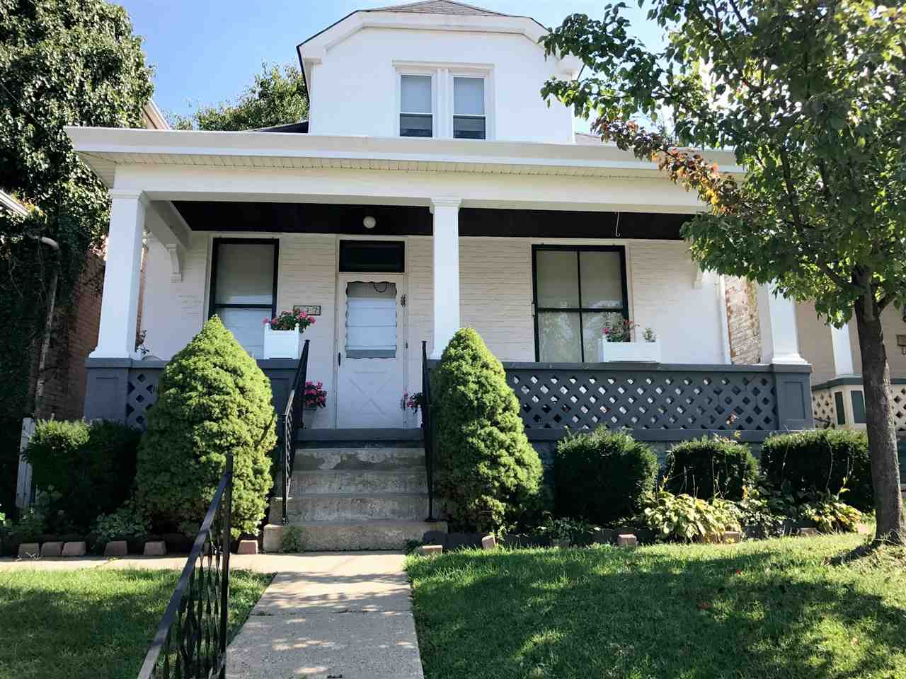 real estate photo 1 for 537 Oak St Ludlow, KY 41016