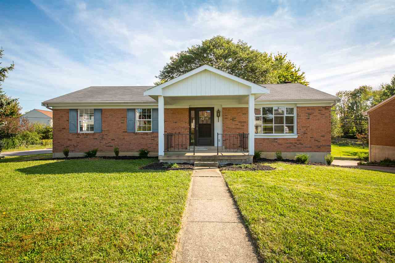 real estate photo 1 for 8498 Pheasant Dr Florence, KY 41042