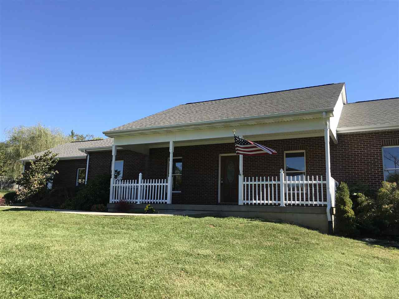 real estate photo 1 for 952 Bristow Rd Independence, KY 41051