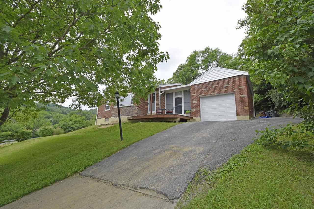 Photo 1 for 709 Parkview Dr Taylor Mill, KY 41015