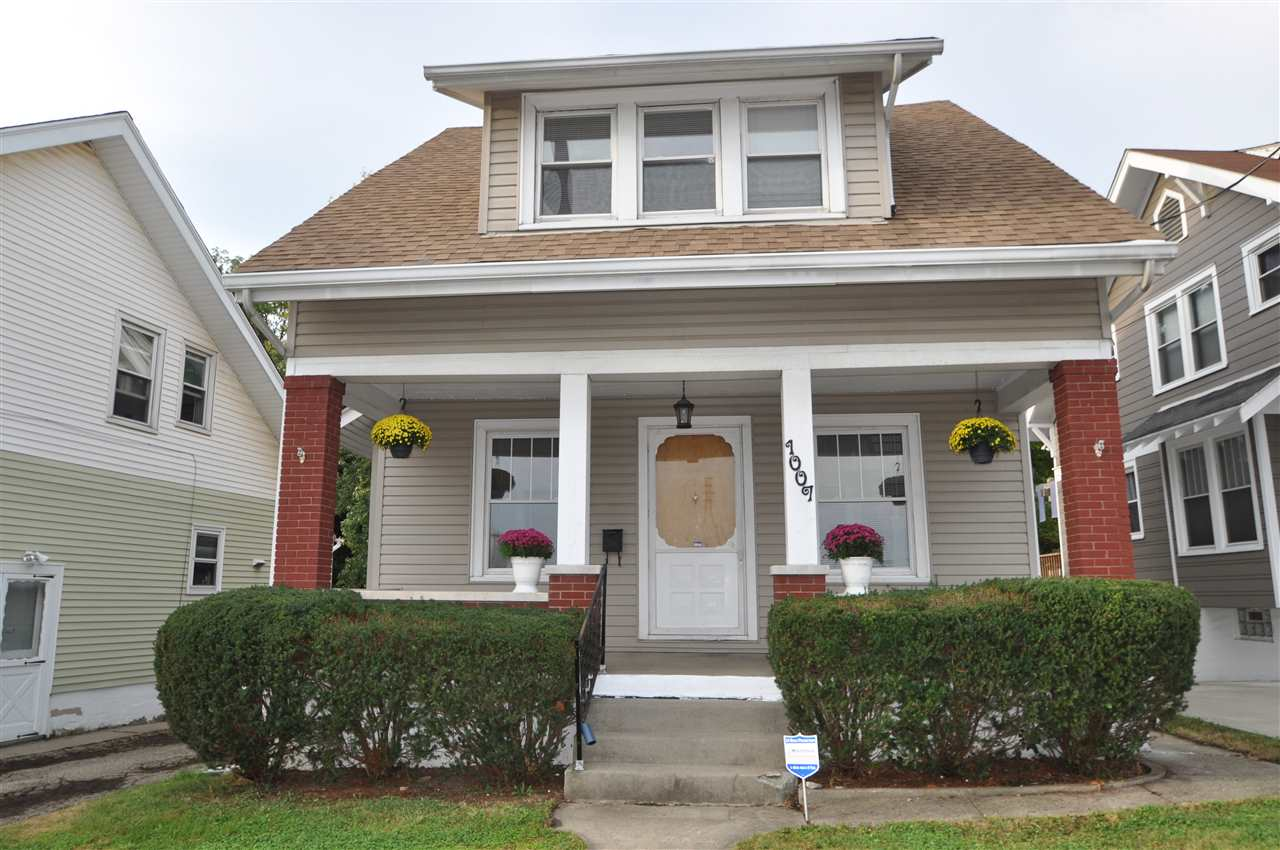 real estate photo 1 for 1007 Highway Avenue Covington, KY 41011