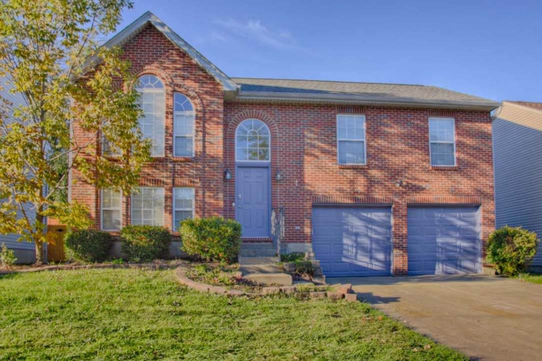 real estate photo 1 for 2641 Berwood Ln Hebron, KY 41048