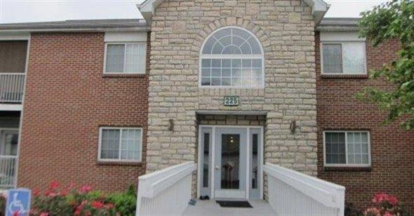 Photo 1 for 225 Cave Run Dr, 12 Erlanger, KY 41018