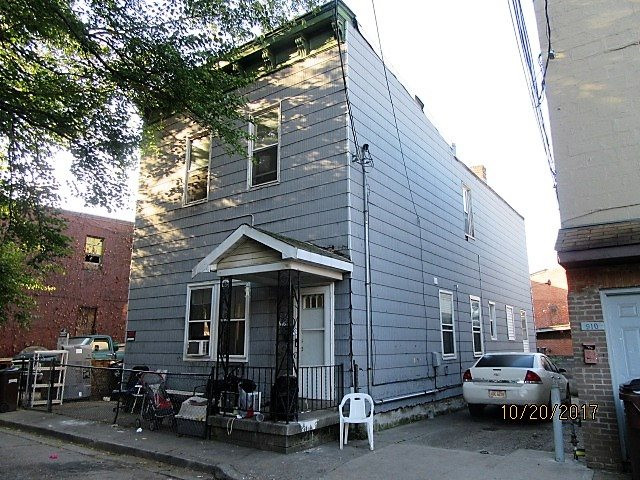 Photo 1 for 916 Roberts St Newport, KY 41071