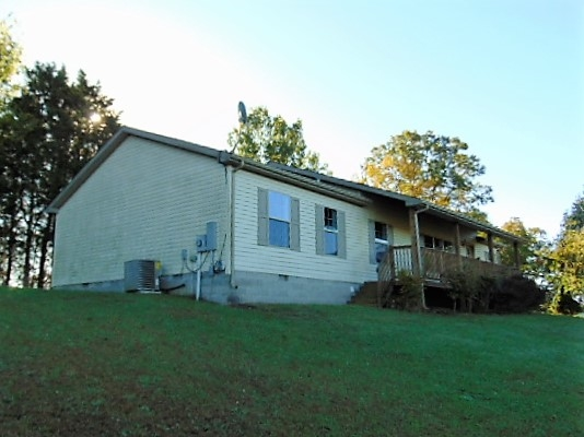 real estate photo 1 for 315 Hideaway Owenton, KY 40359