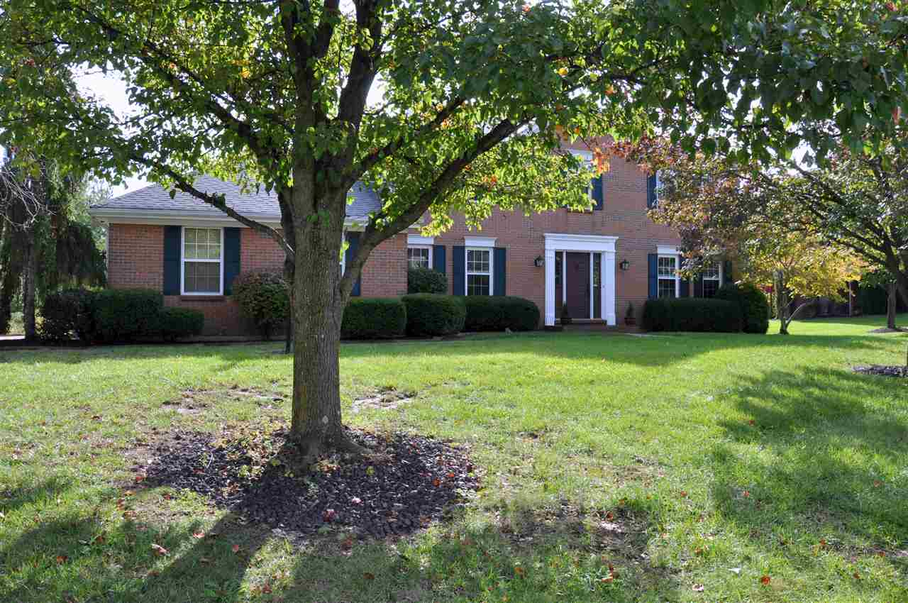 real estate photo 1 for 2561 Thirs Dr Villa Hills, KY 41017