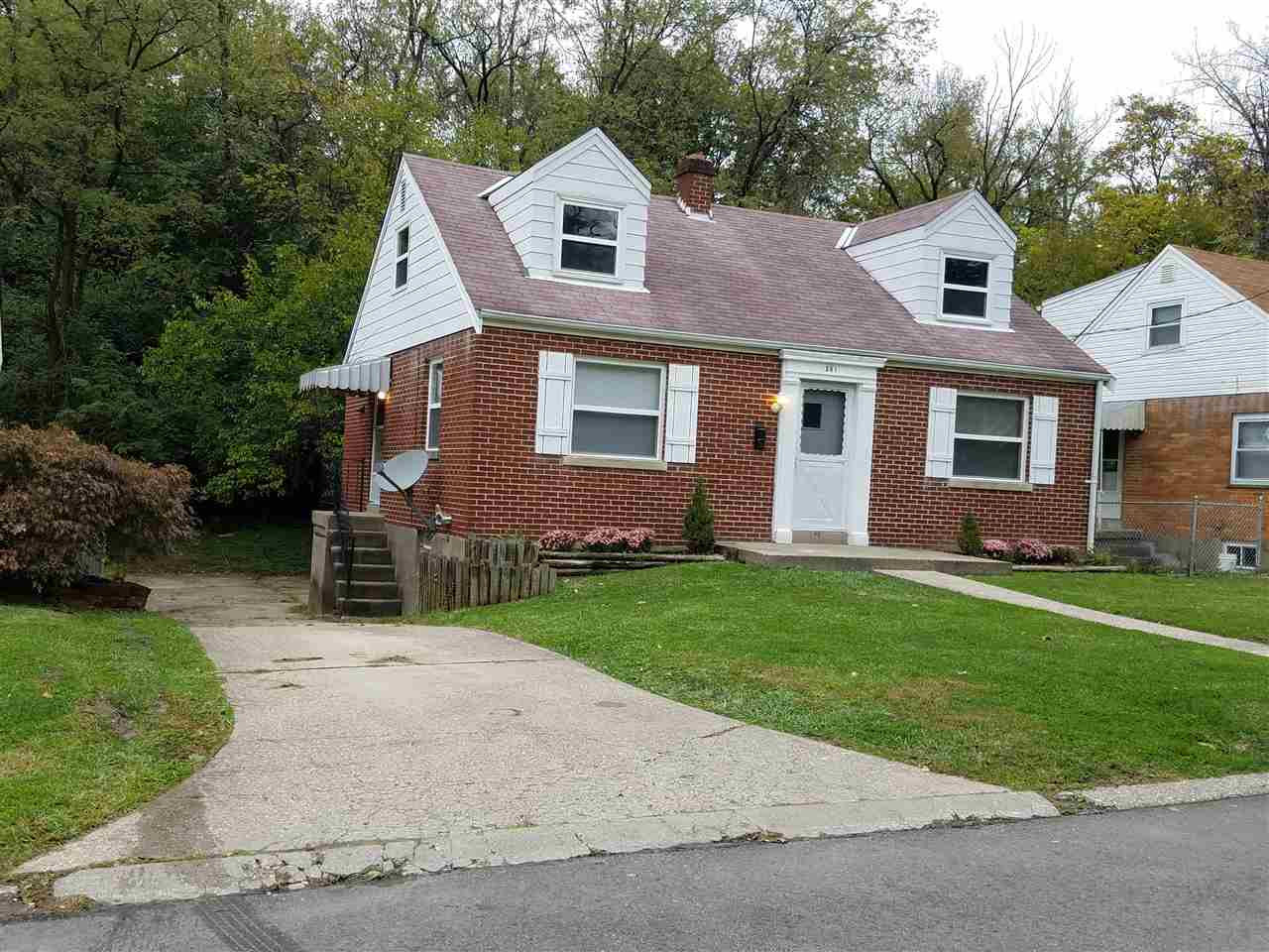 Photo 1 for 341 Riddle Pl Newport, KY 41071