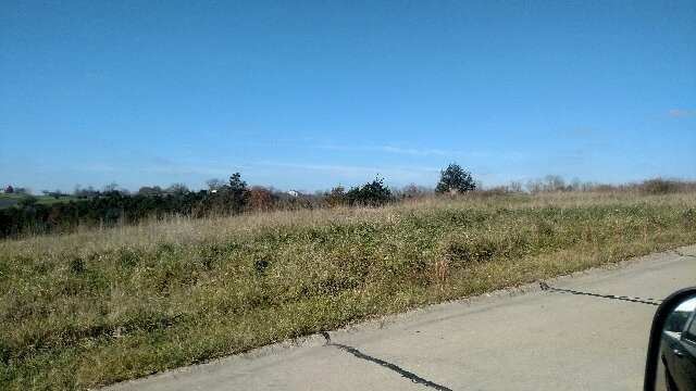 Photo 2 for 60 Admiral Drive Williamstown, KY 41097