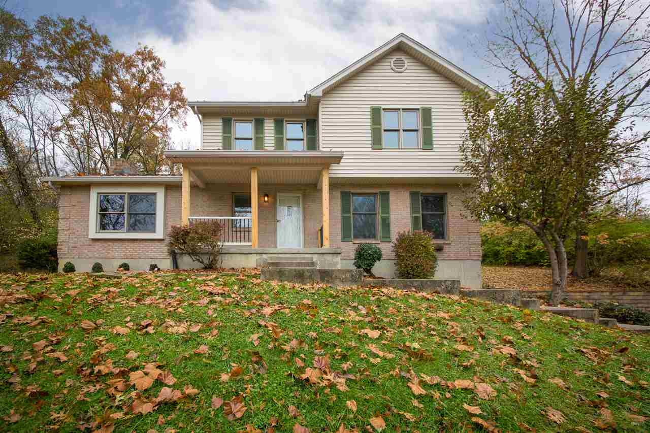 627 Bromley Crescent Springs Rd