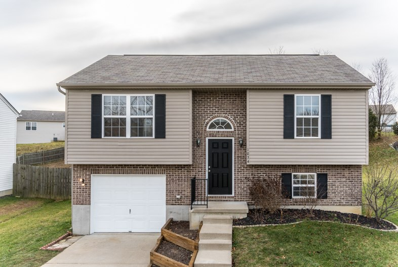 real estate photo 1 for 1034 Wermeling Dr Erlanger, KY 41018