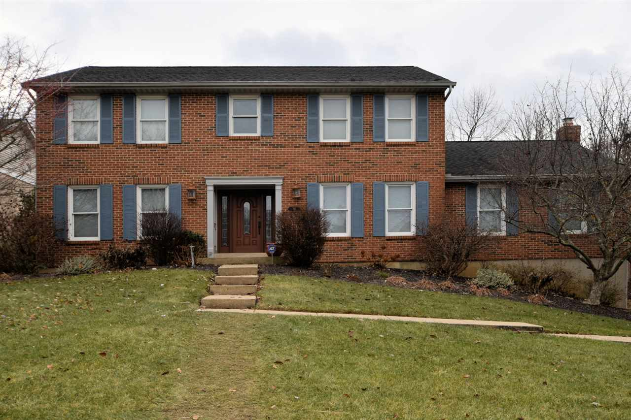 real estate photo 1 for 31 Barnwood Florence, KY 41042