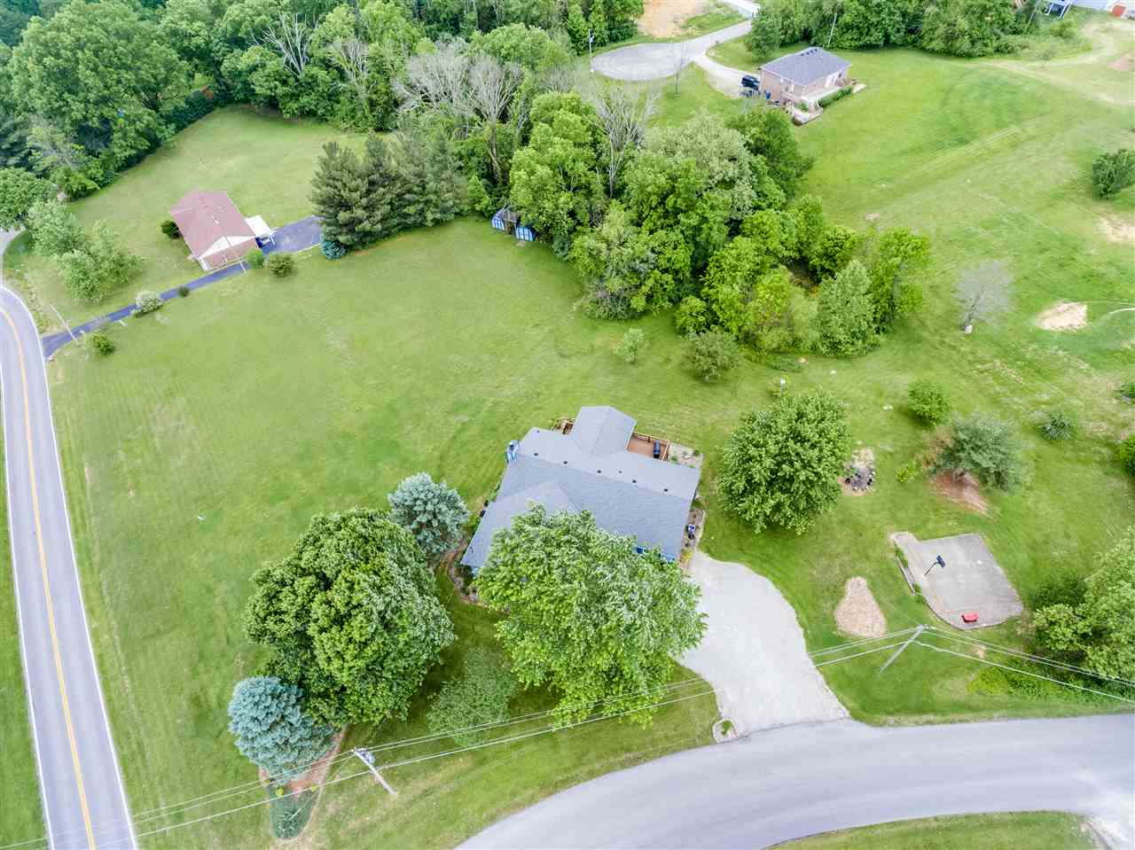 Photo 1 for 1722 W Moody La Grange, KY 40031